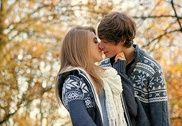 Cute Couple Kiss Wallpapers Maison et Loisirs