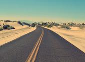 Route et sable