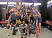 Dans les vestiaires, l'Equipe de France célèbre la Coupe du Monde 2018