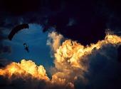 Parapente dans les nuages Photos