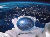 Selfie Thomas Pesquet (fake) Dessins & Arts divers