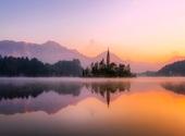 Panorama d'un lac Fonds d'écran